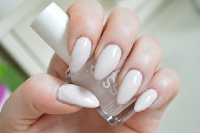 Essie_Urban_Jungle_Nagellack_Review