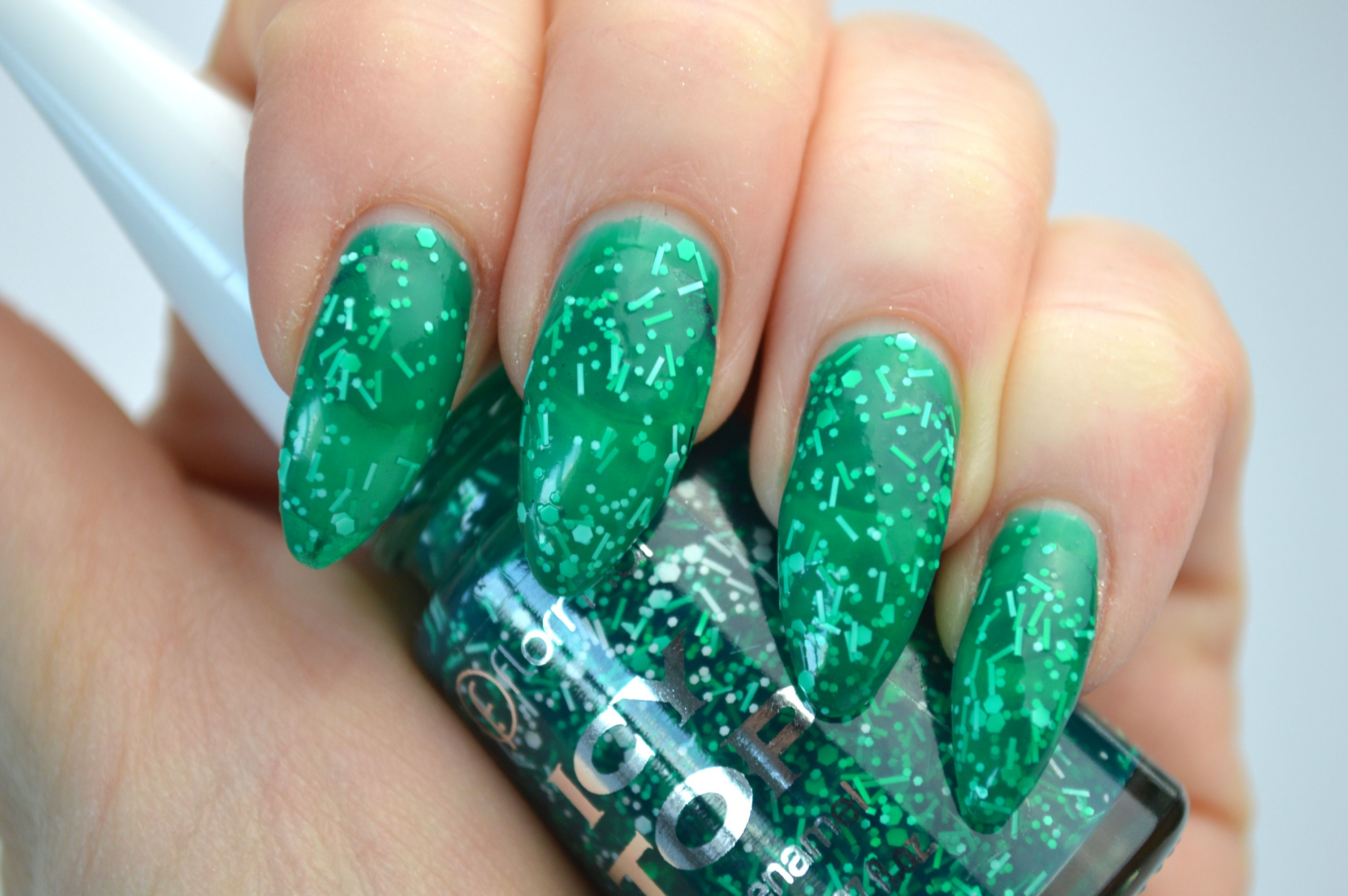 Flormar_Icy_Top_IT03_Beauty
