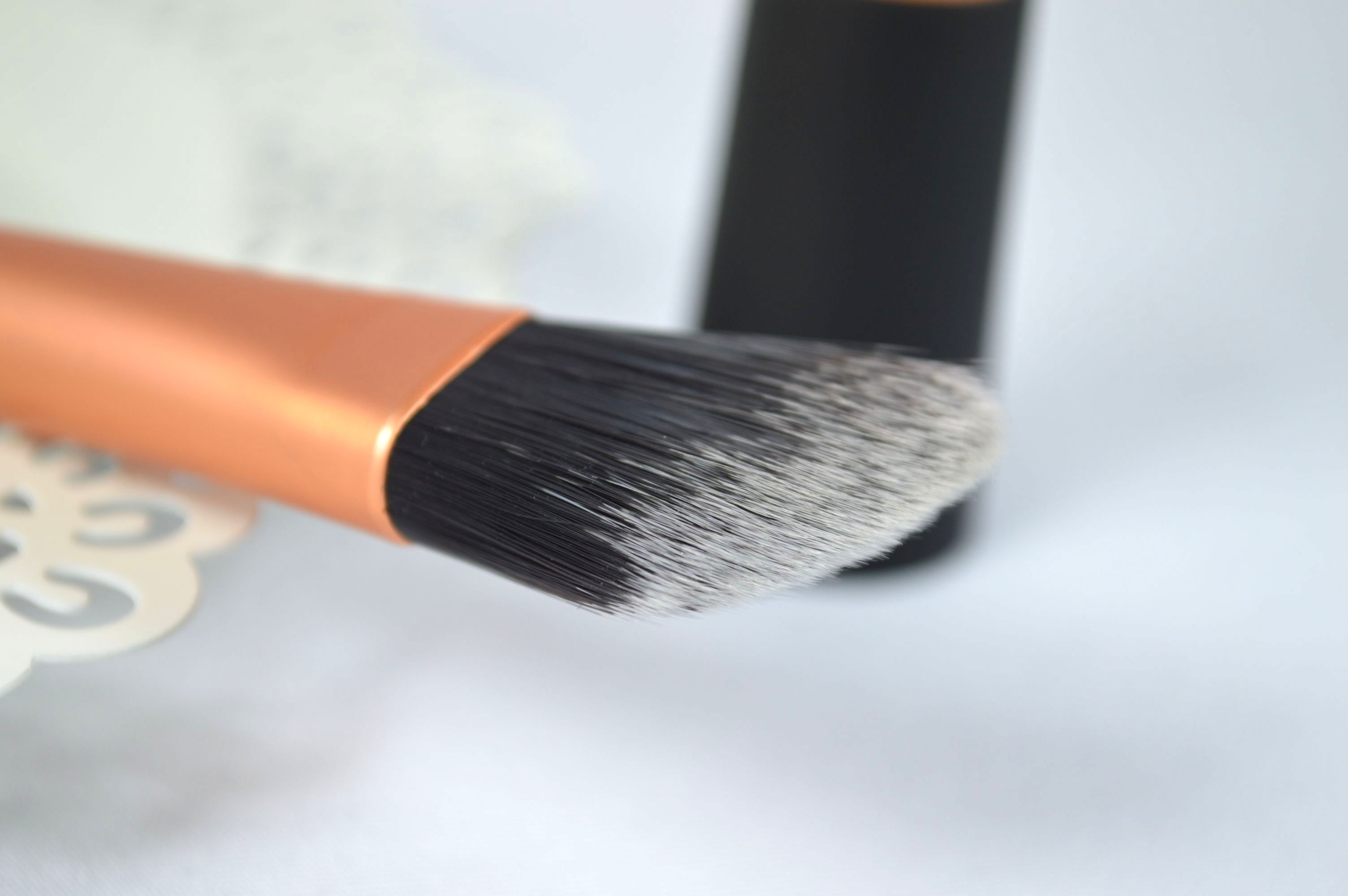 Foundation_Brush_Real_Techniques_Pinsel