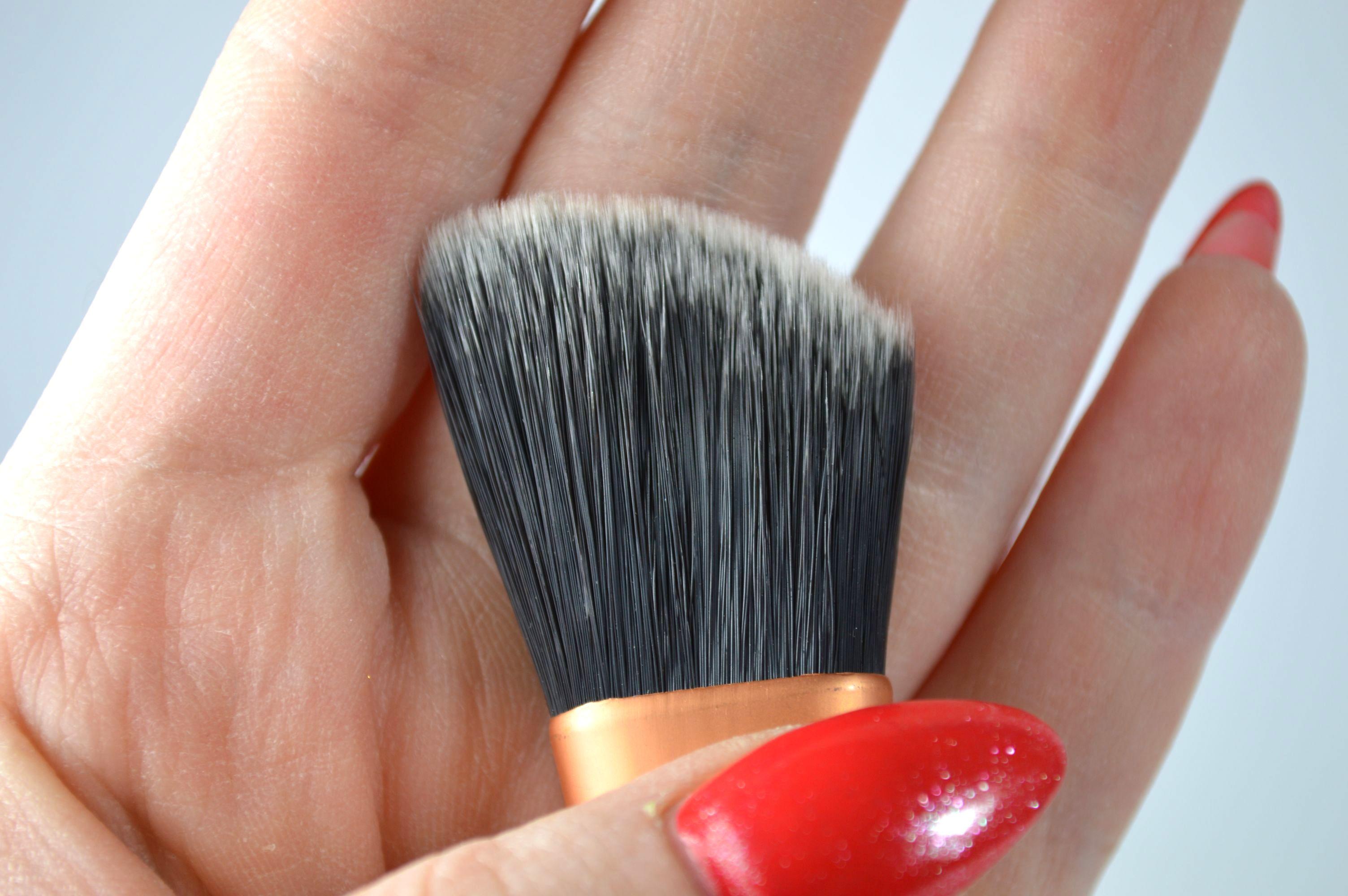 Foundation_Brush_Real_Techniques_Pinsel_Review