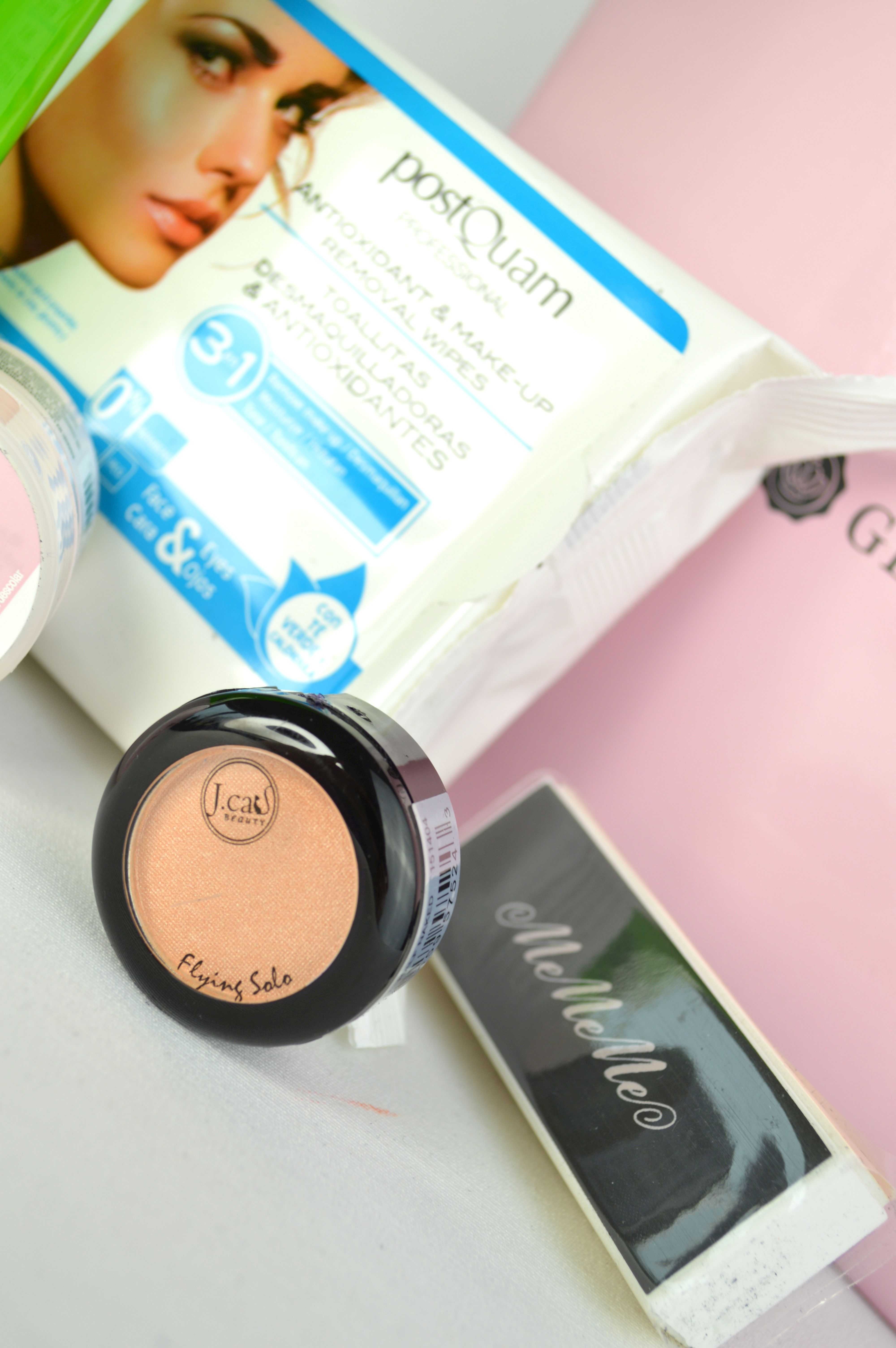 Glossybox_Festival_Edition_mikalicious