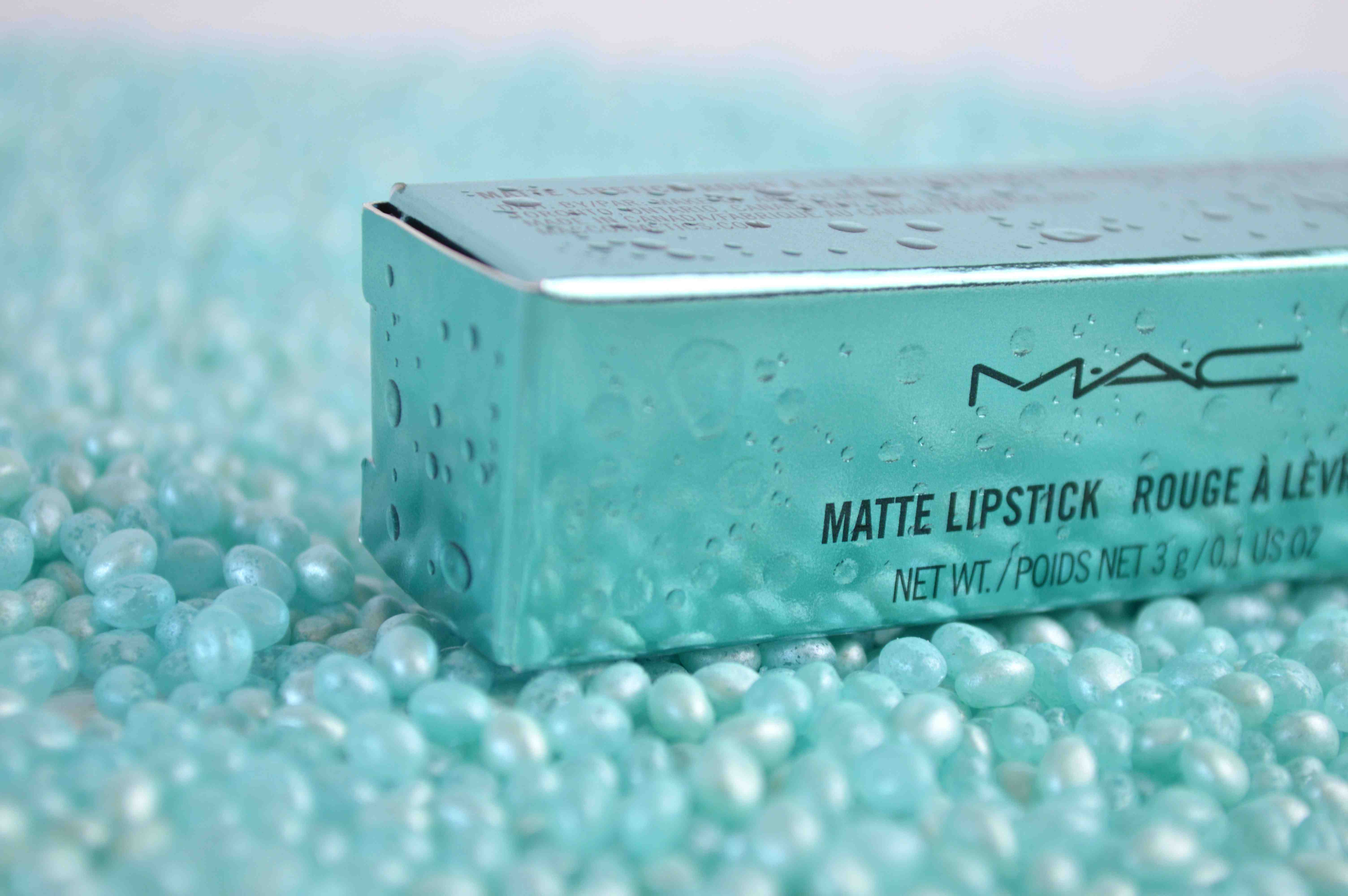 MAC_Alluring_Aqua_review