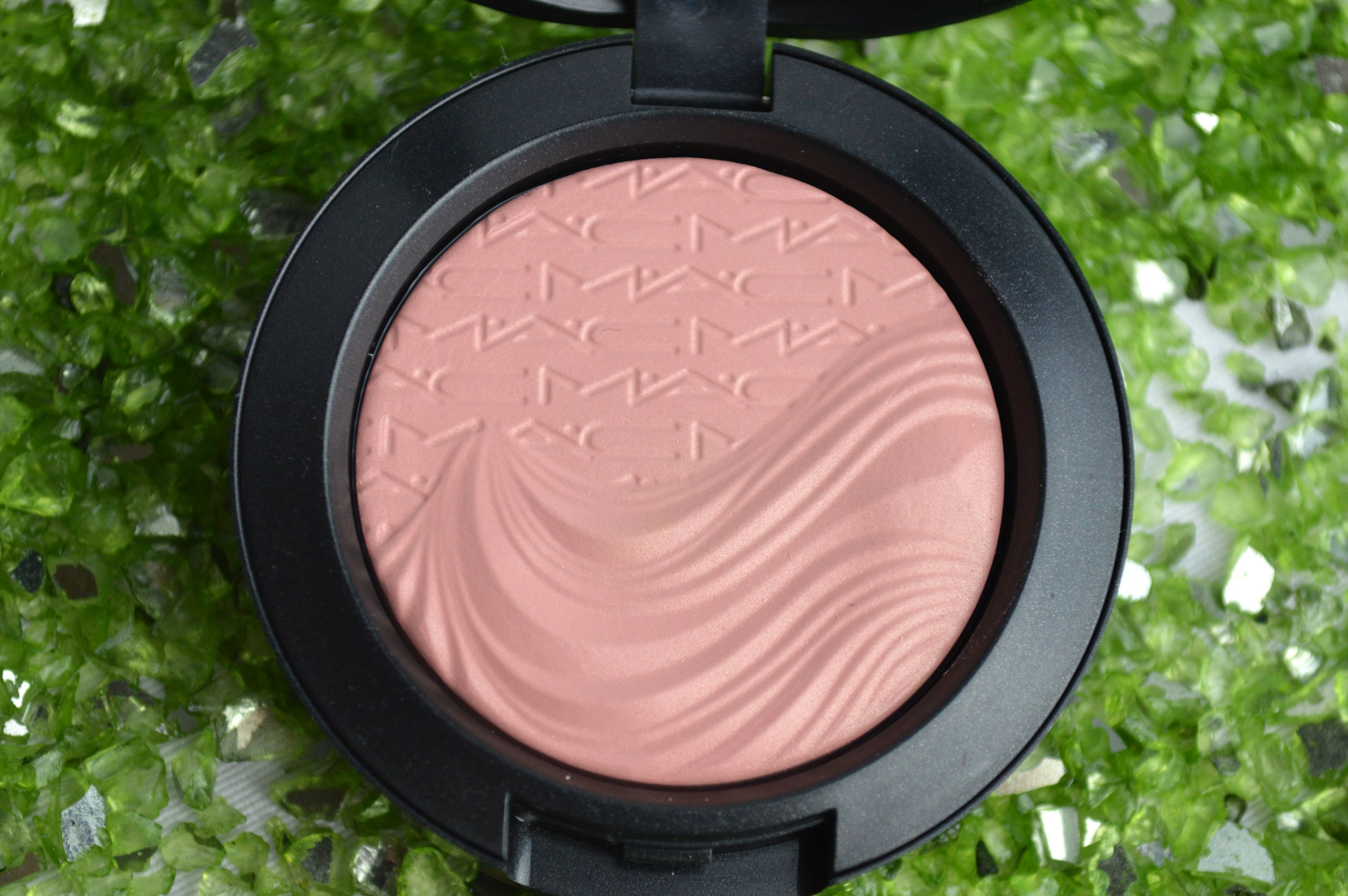 MAC_Blush_At_dusk_c