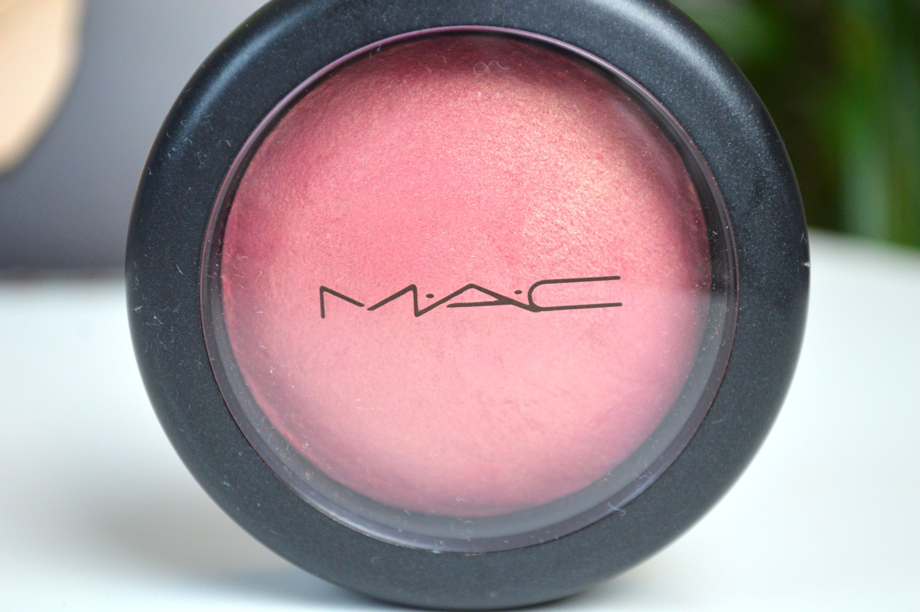 MAC_Petal_Power_blush