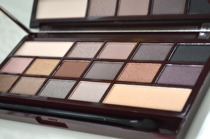 Make_Up_Revolution_Death_by_Chocolate_Palette