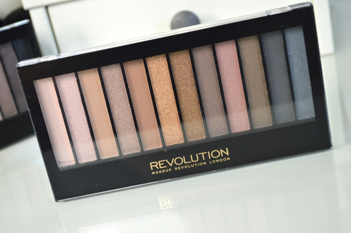 Makeup_Revolution_Iconic_1_Review