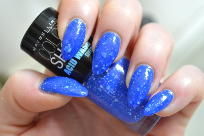 Maybelline_Acid_Wash_Bleached_Blue_Review