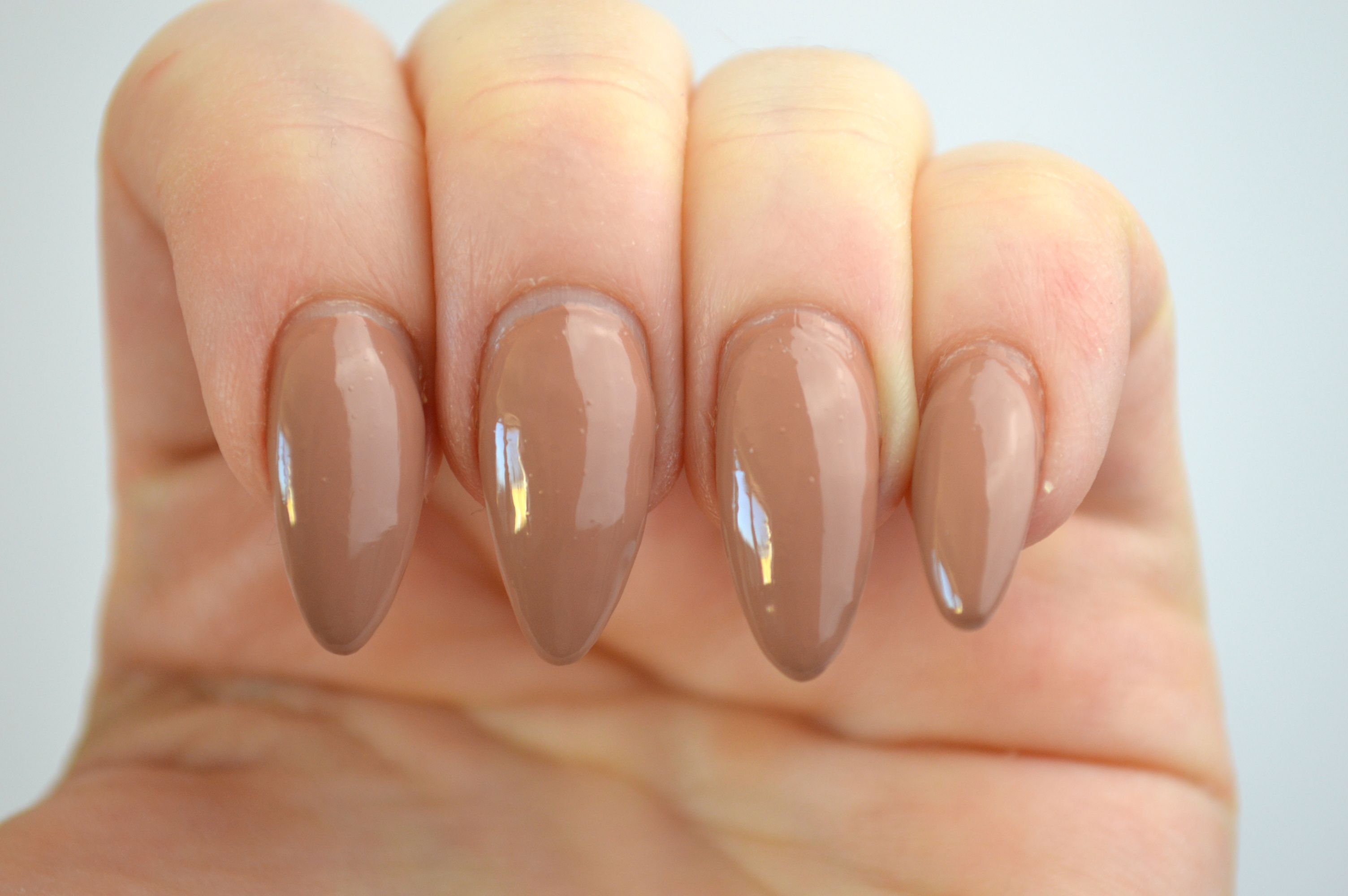 Maybelline_Stripped_Nudes_In_your_flesh_nude