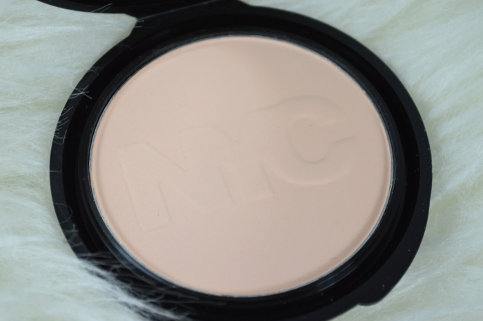 NYC_Smooth_Skin_Pressed_Powder_Review