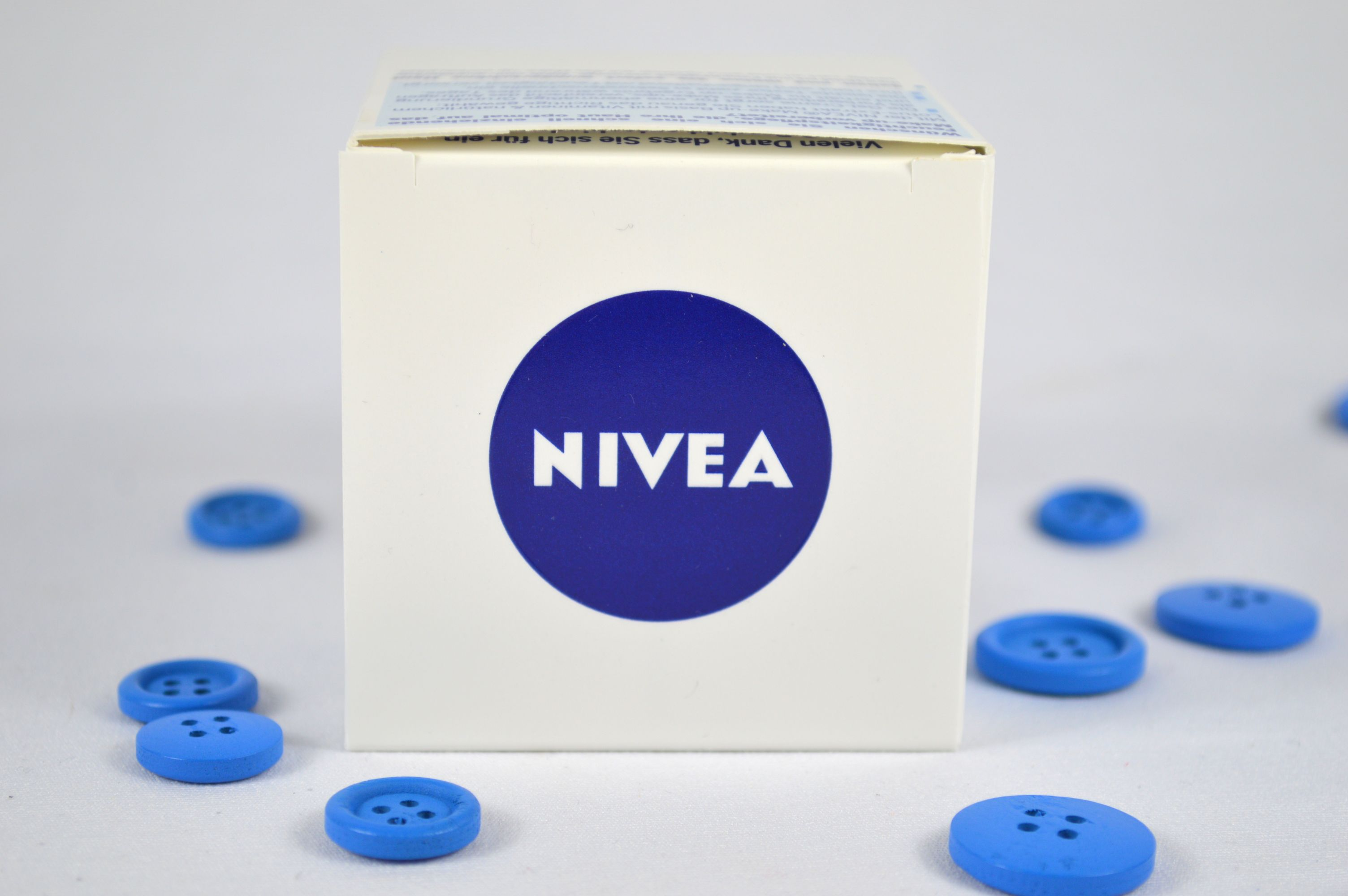 Nivea Make-up Basis 3