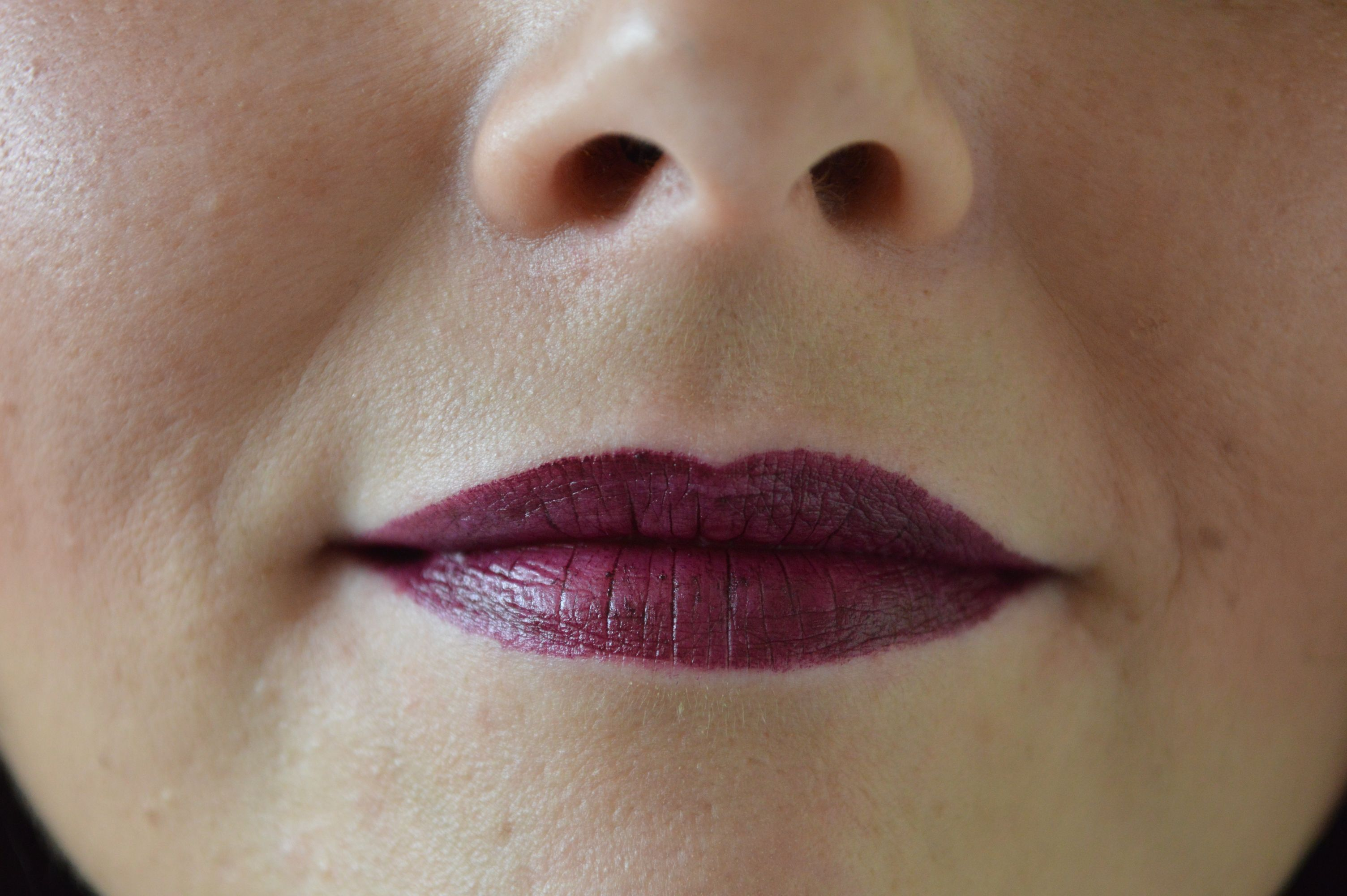 P2 Cosmetics Violet Dream Lippenstift Swatches
