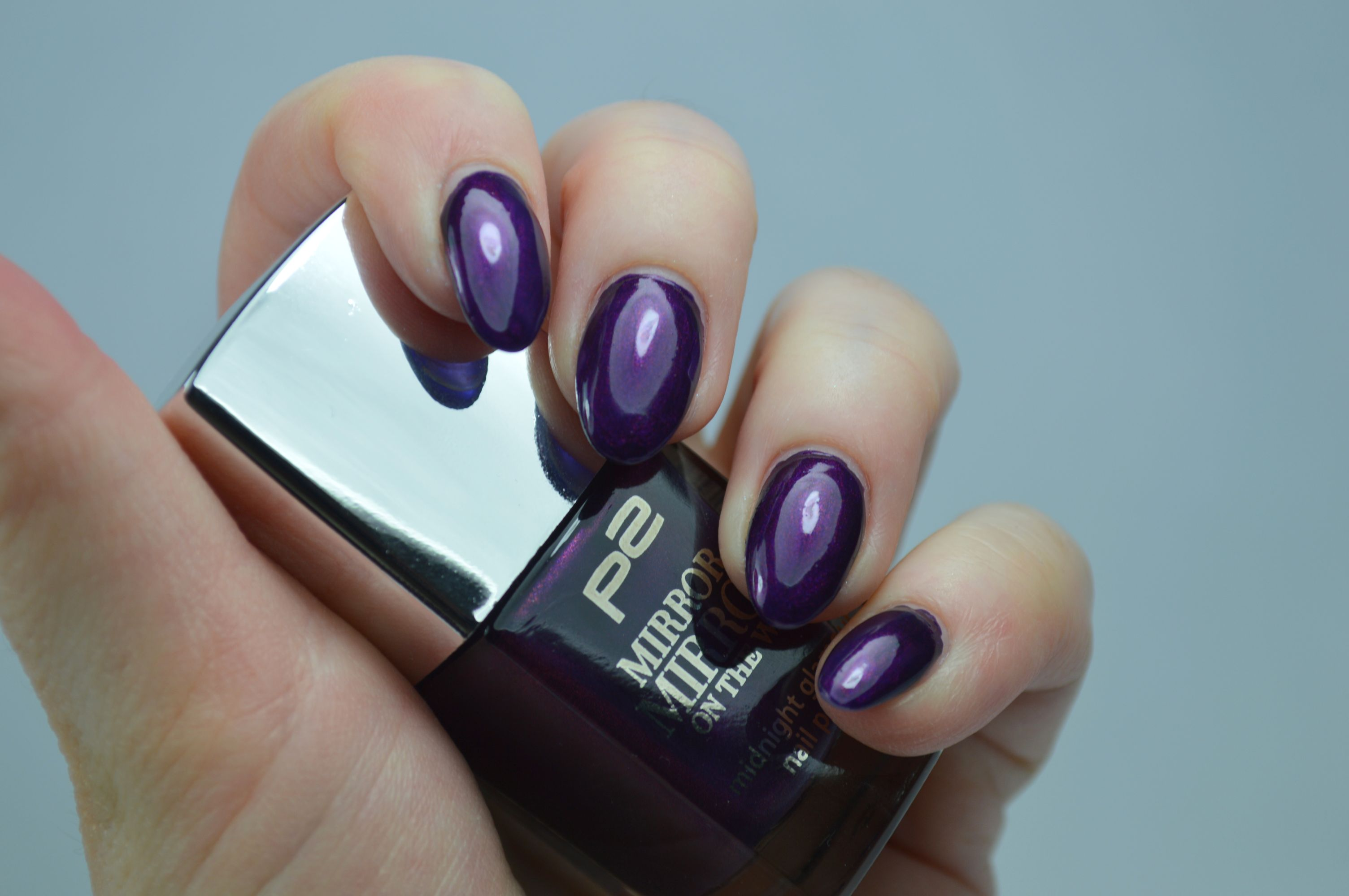 P2 Sensual Purple Nagellack Swatches Review