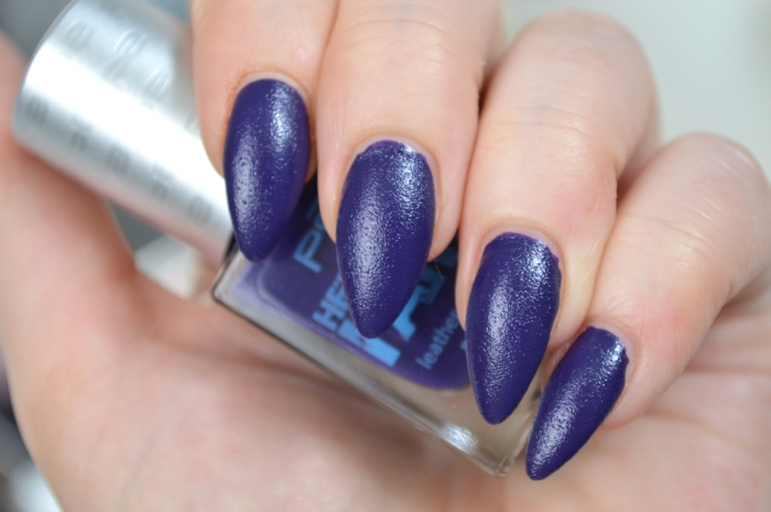 P2_Here_I_am_Nagellack_Courageous_Purple_Review