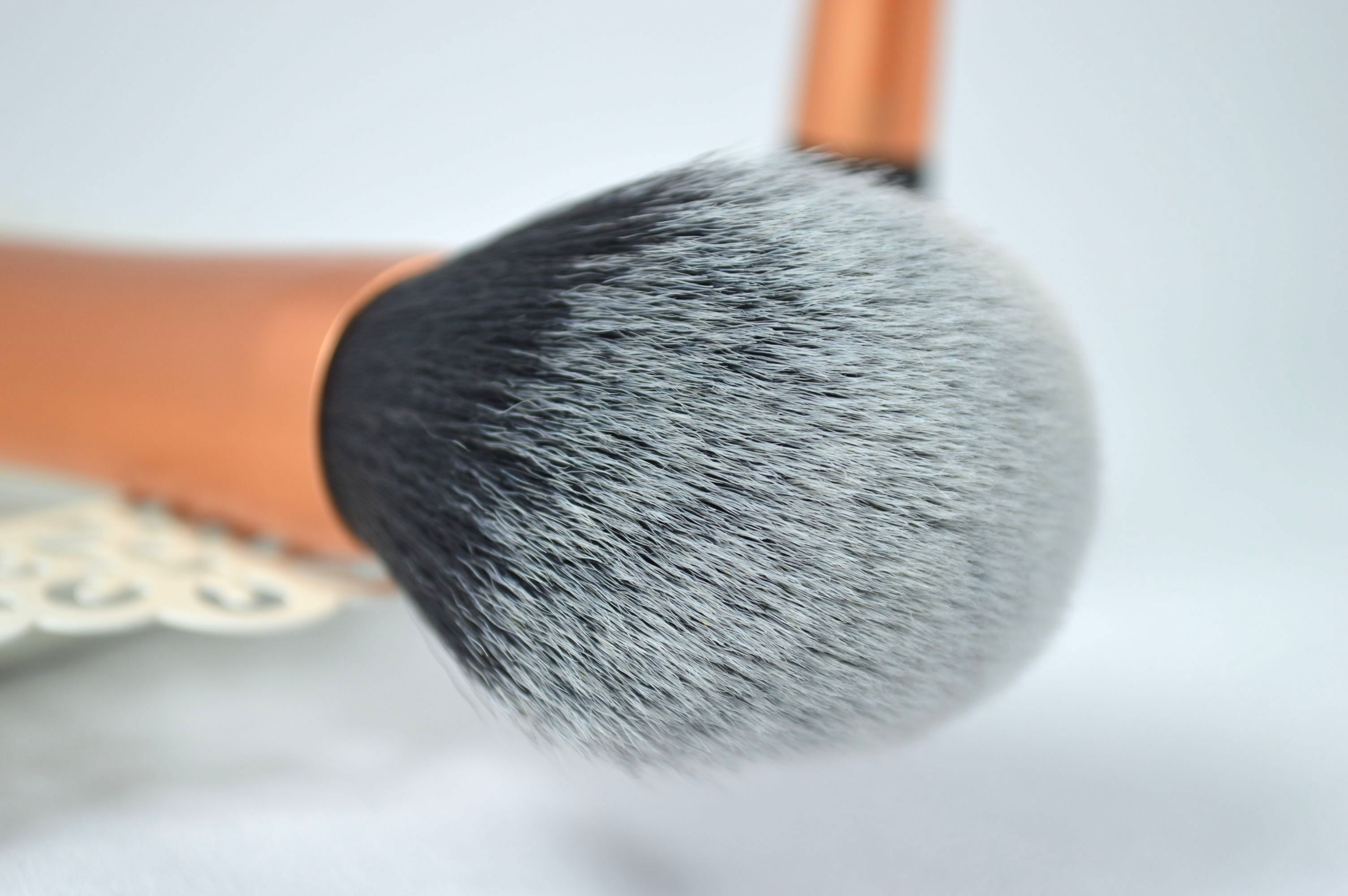 Powder_Brush_Real_Techniques_Pinsel