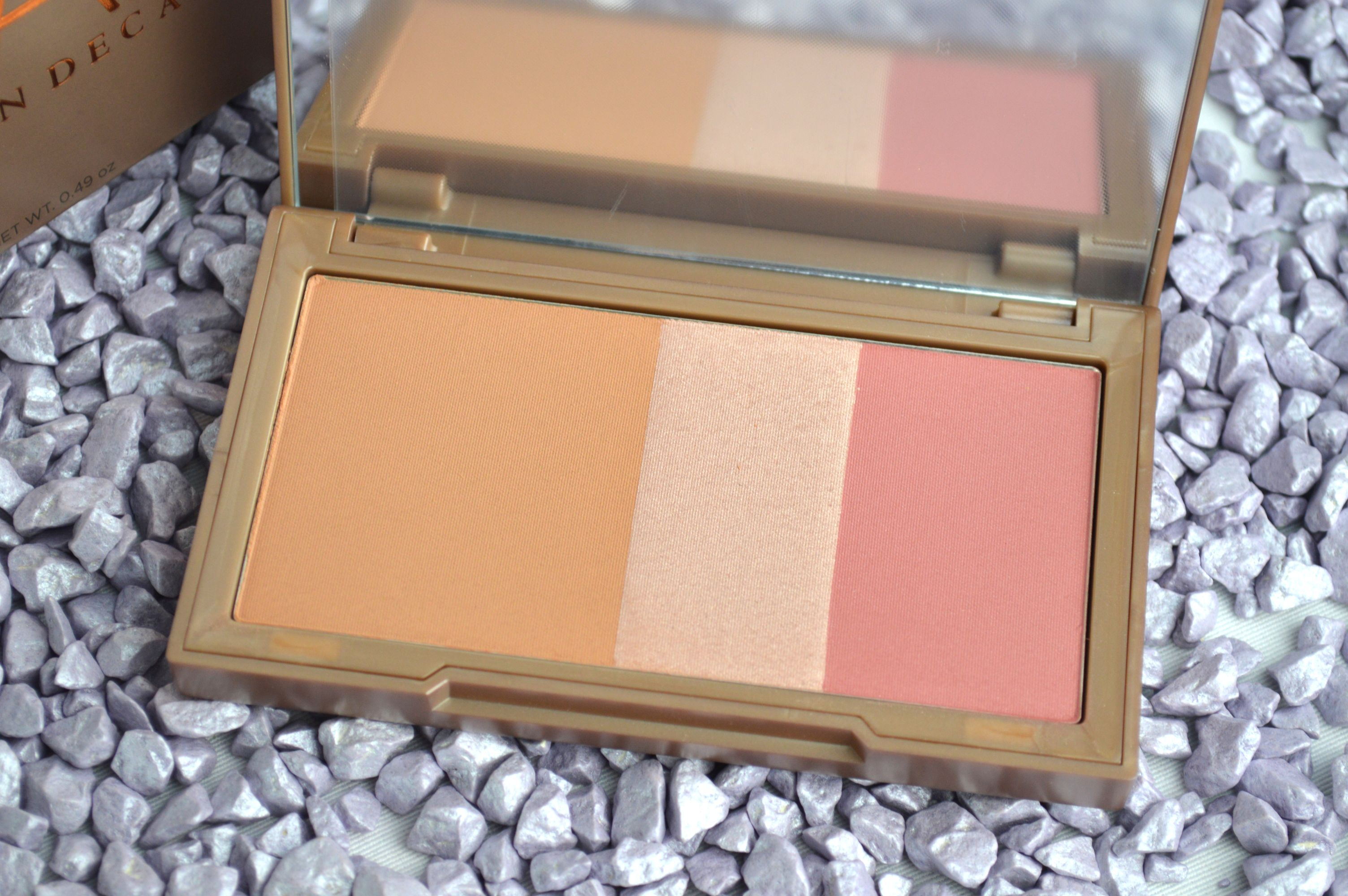 Review_Urban_Decay_Naked_Flushed