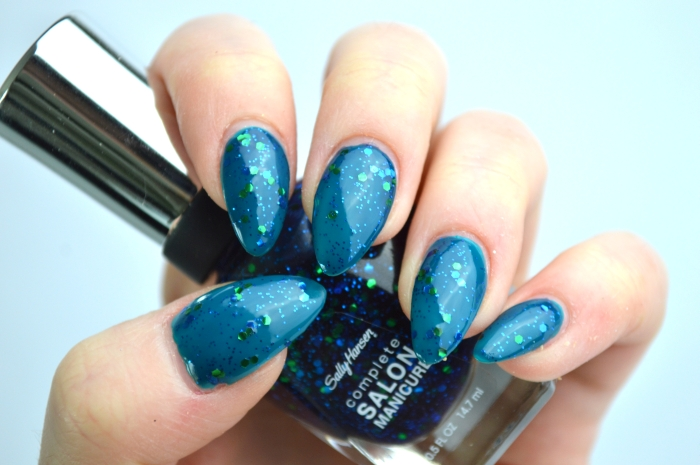 Sally_Hansen_Mermaids_Tale_P2_California_Girl_swatches