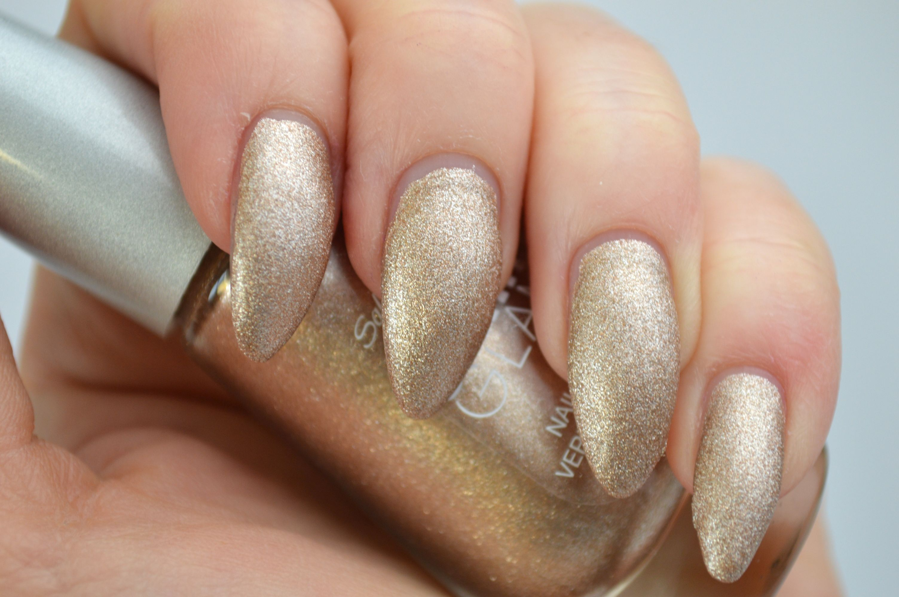 Sally_Hansen_Satin_Glam_Go_Gold_mikalicious