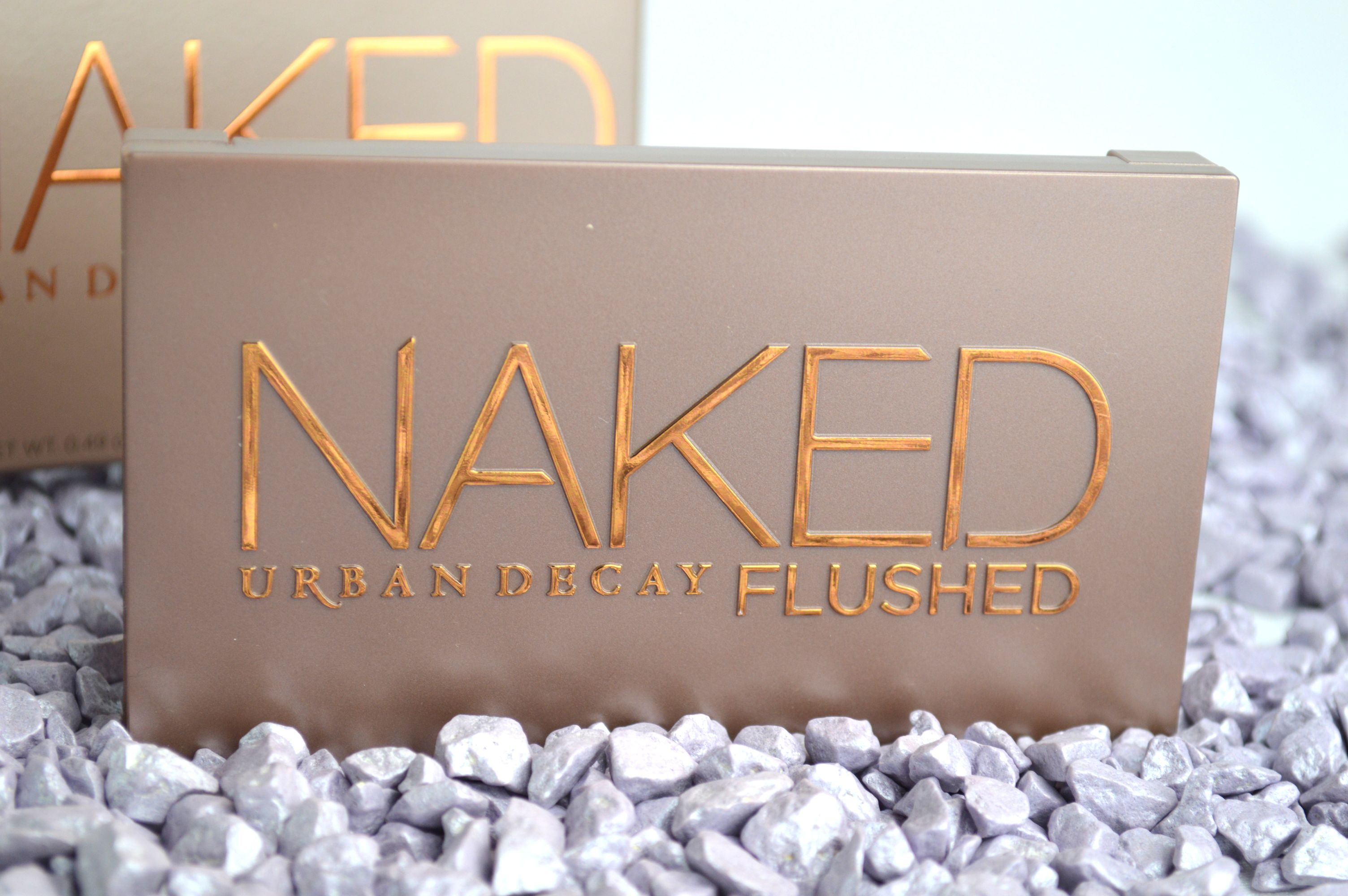 Urban_Decay_Naked_Flushed_Highlighter