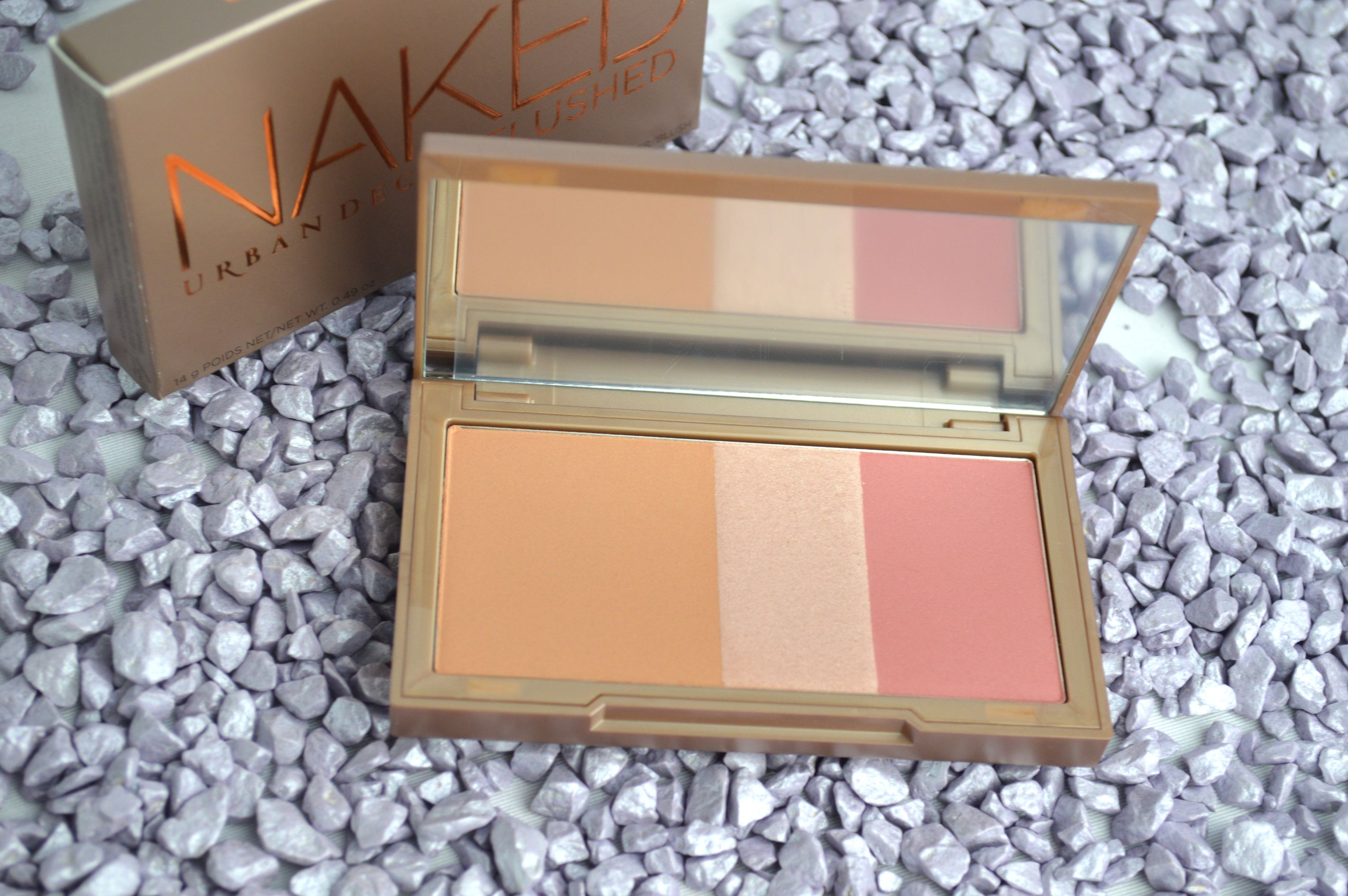 Urban_Decay_Naked_Flushed_newin