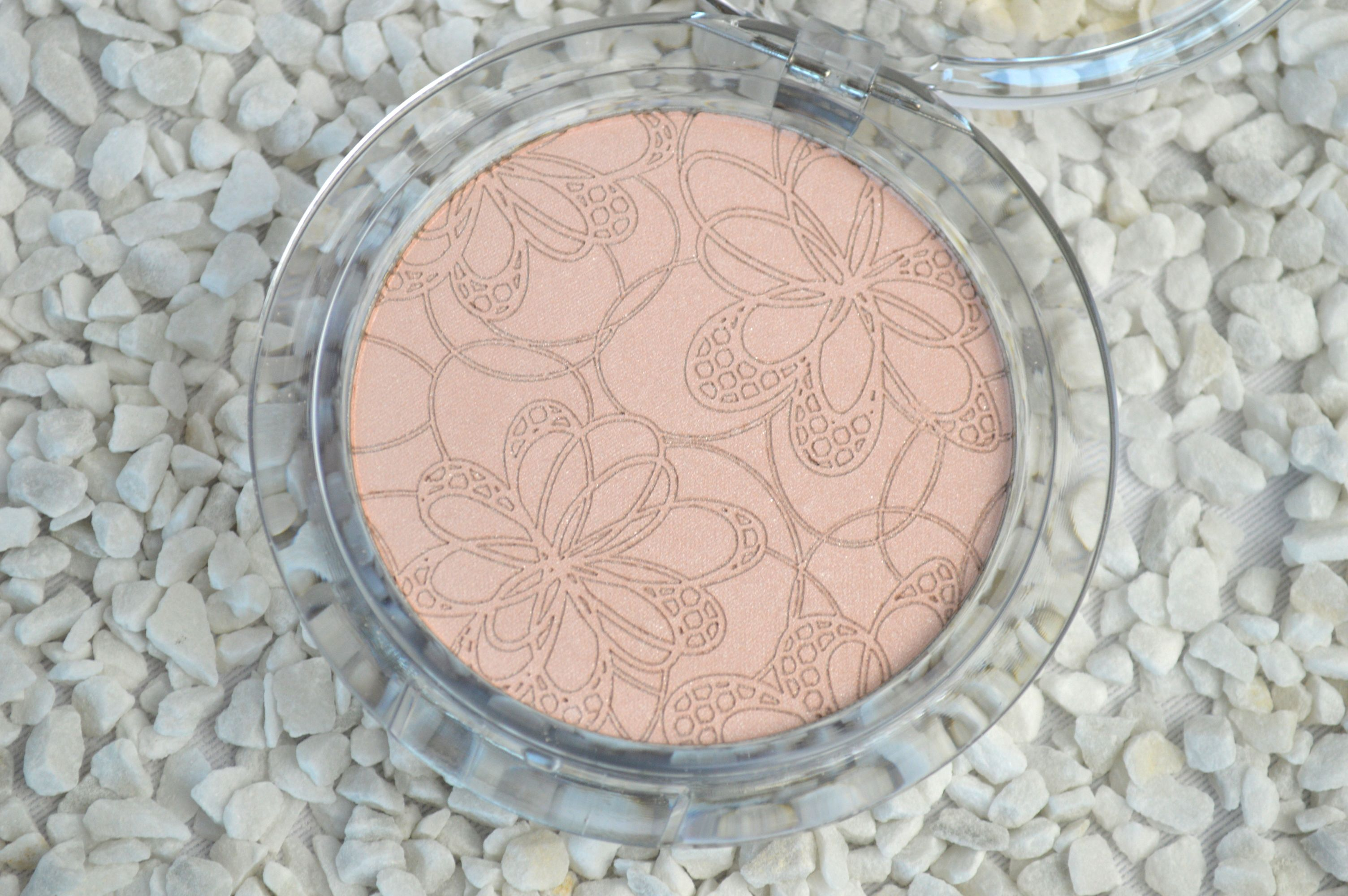essence_bloom_me_up_highlighter_rose_it_up-