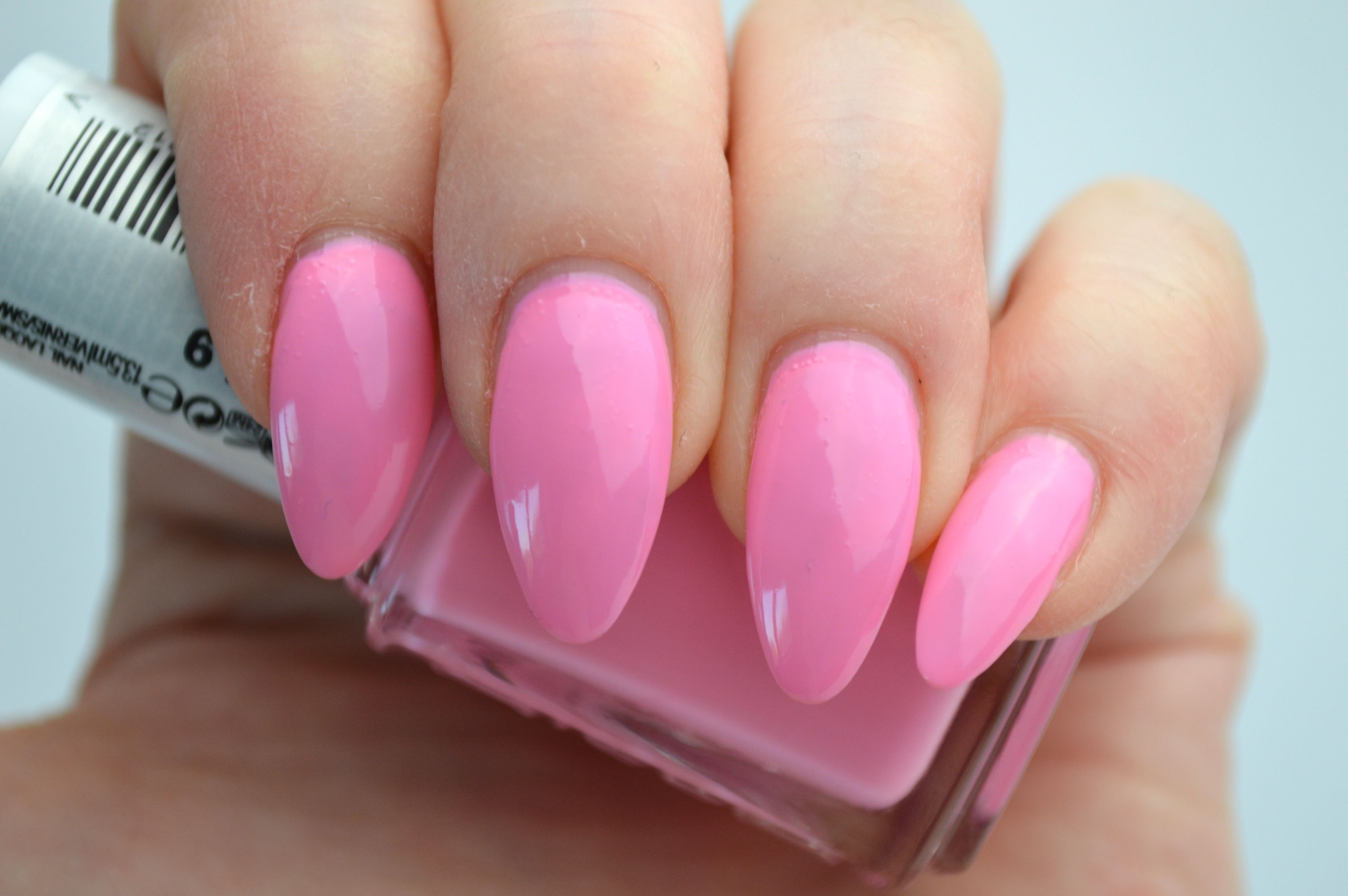 essie_need_a_vacation_mikalicious