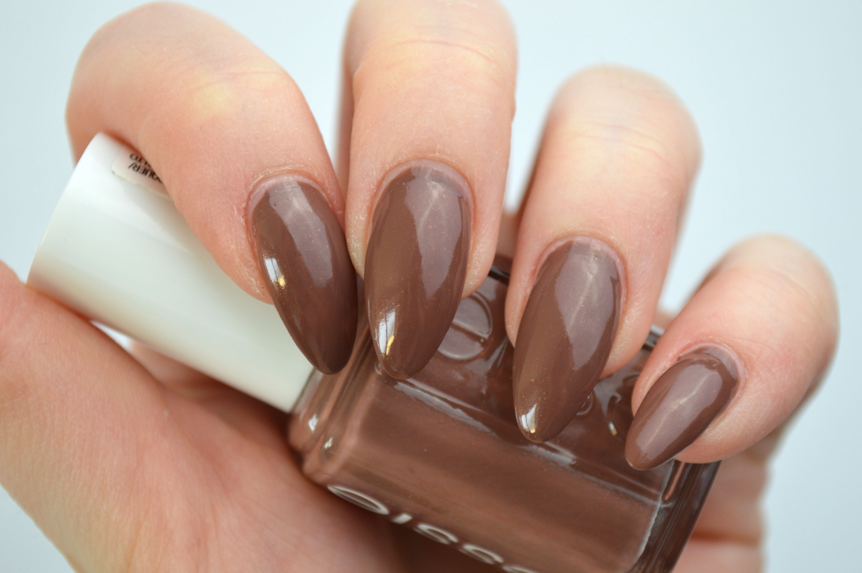 essie_over_the_knee_pastell_le