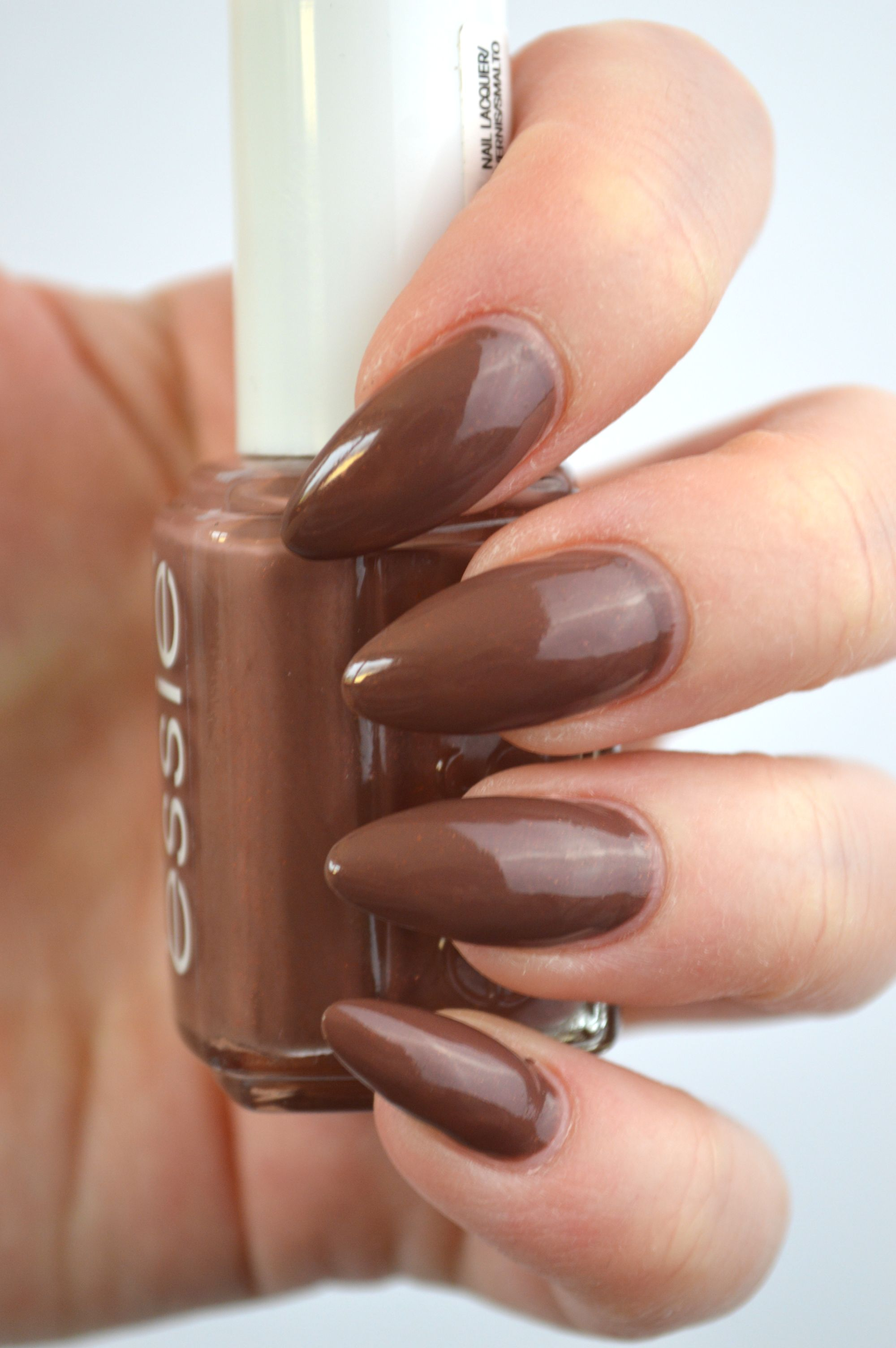 essie_over_the_knee_review