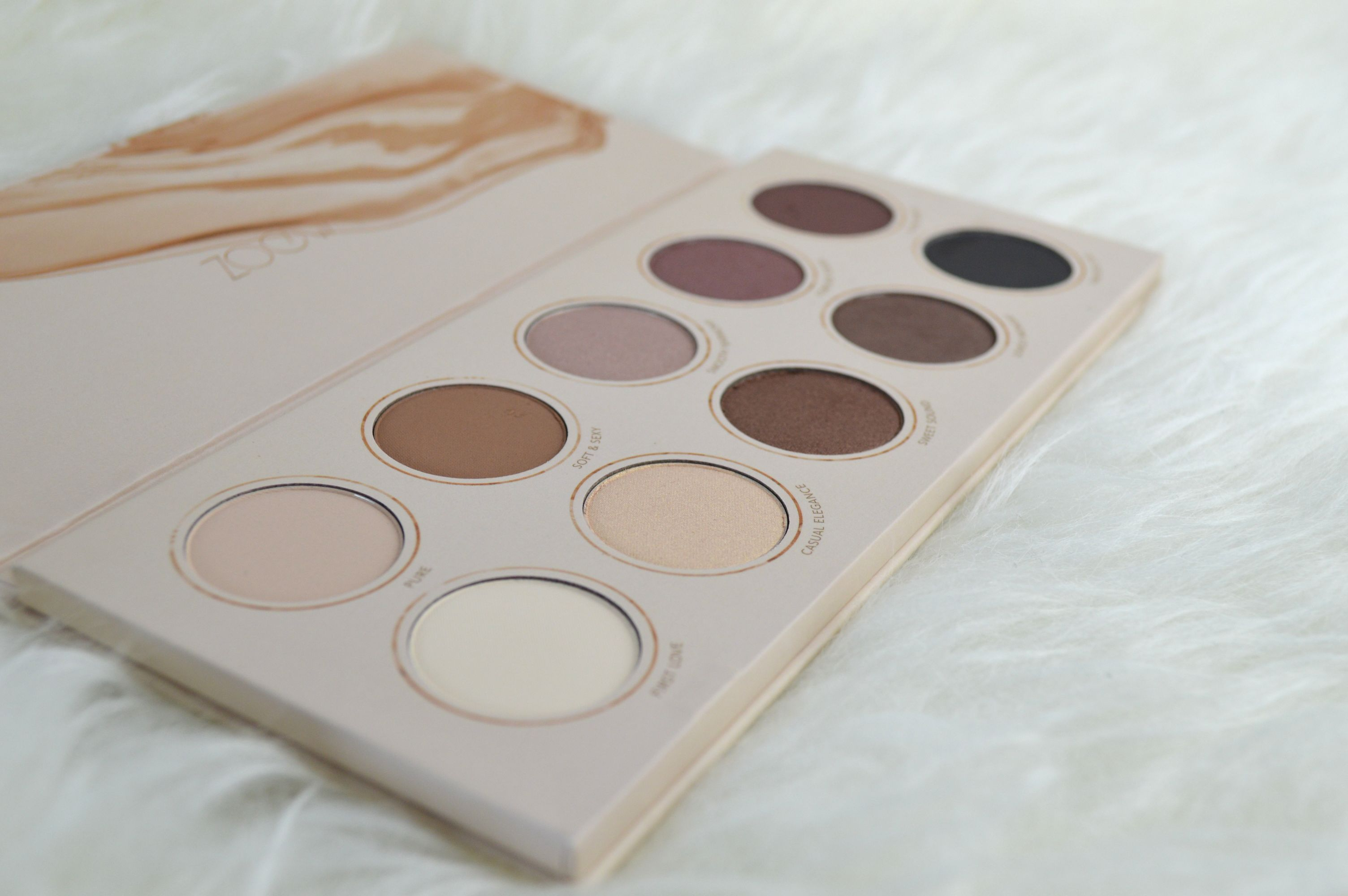zoeva_naturally_yours_palette_mikalicious