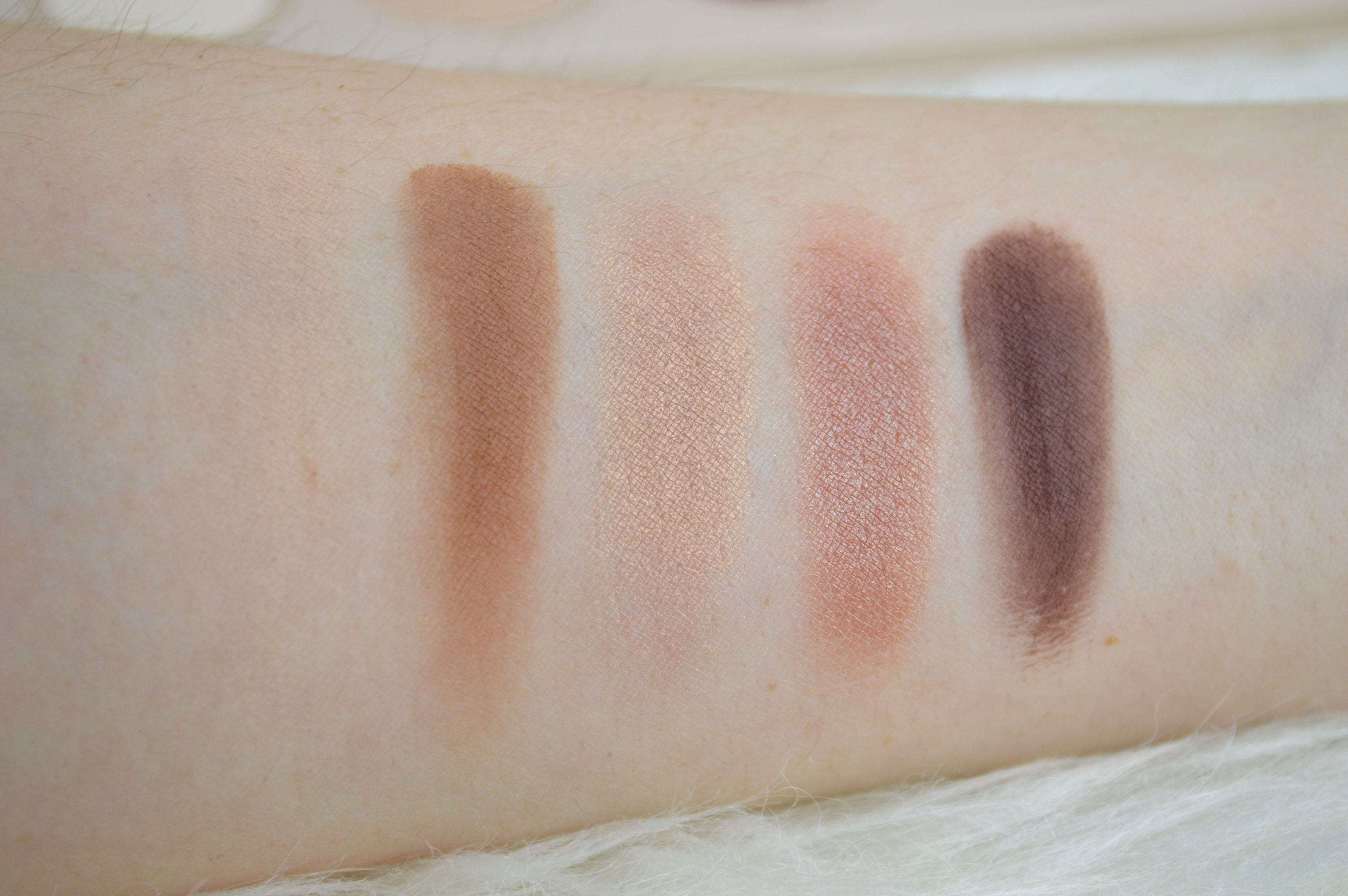 zoeva_naturally_yours_palette_review_mikalicious_1_reihe_swatches